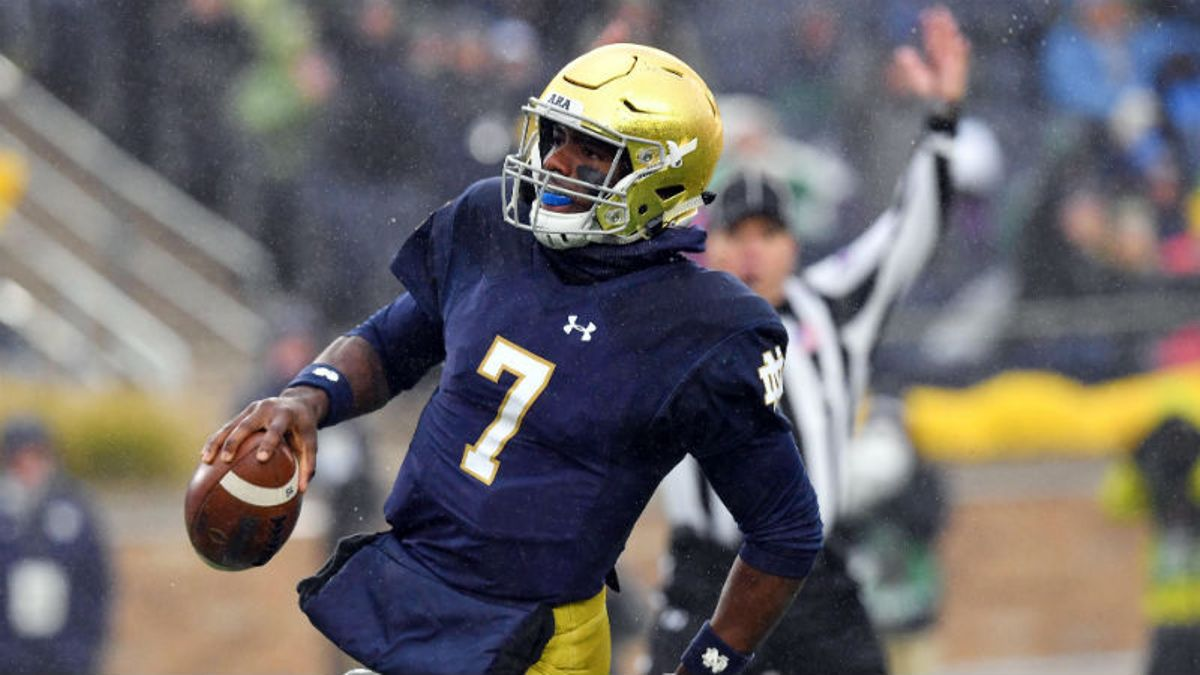 Notre Dame 2018 Betting Preview: Can Irish Make a Playoff Push? article feature image
