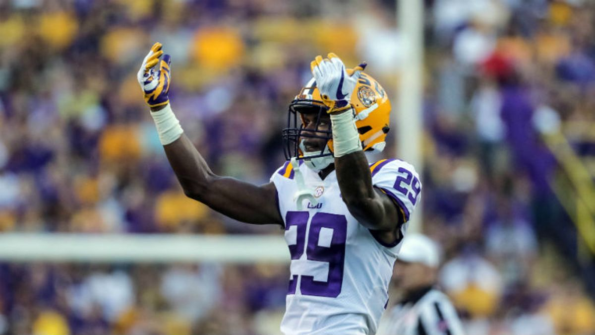 LSU-Miami Betting Odds, Preview: Can Either Offense Move the Ball? article feature image