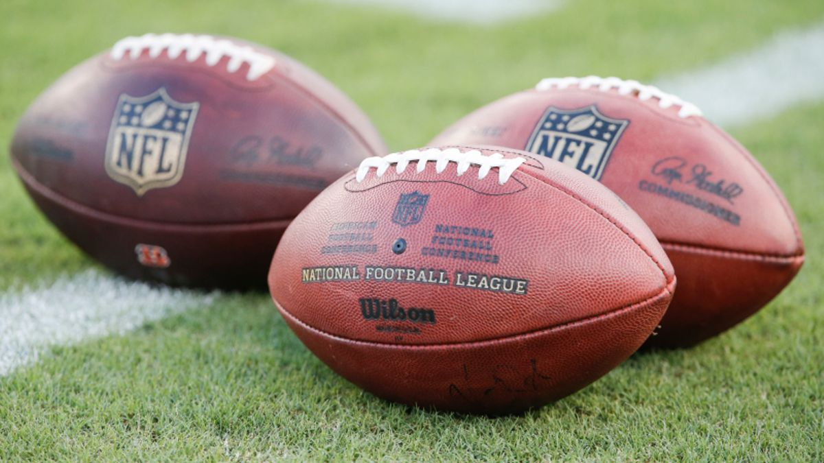 Betting! Fantasy Football! The Ultimate NFL Contest to Try With Your Buddies article feature image