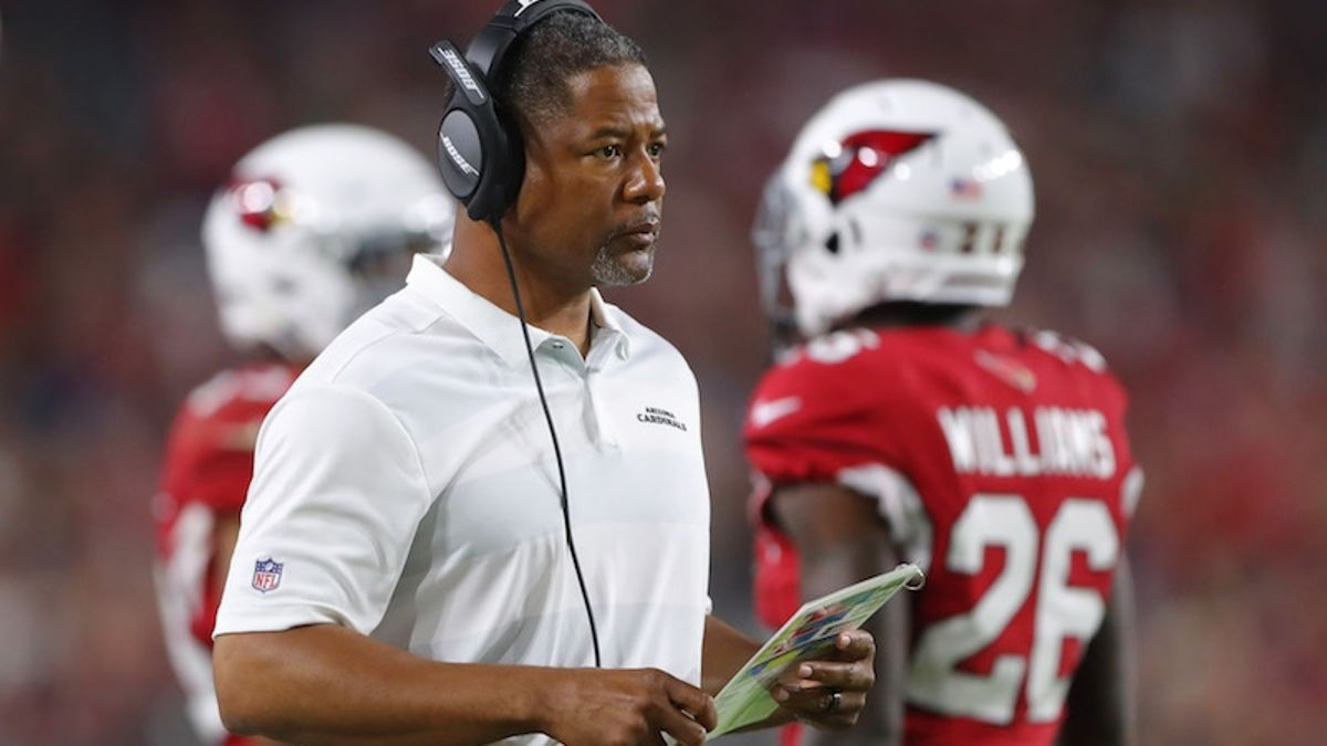2018 Arizona Cardinals Betting Odds & Season Preview: Can Steve Wilks Live Up to the Bruce Arians Standard? article feature image
