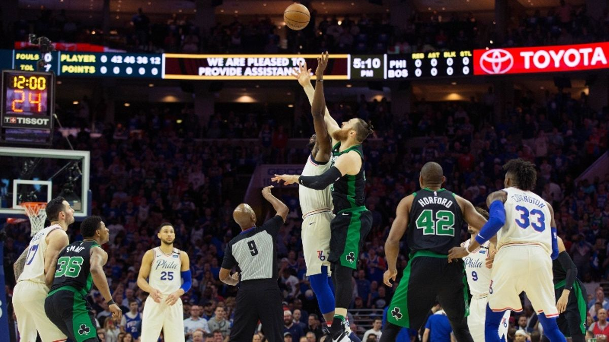 Moore: Analyzing the NBA's Opening Night, Christmas Day Odds article feature image