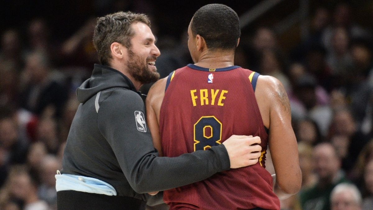 NBA Free Agency: Biggest Steals and Duds Among Low-Tier Deals article feature image