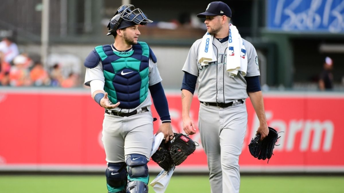 Tuesday Sharp Report: Pros Betting Mariners-Athletics, Three Other Games article feature image