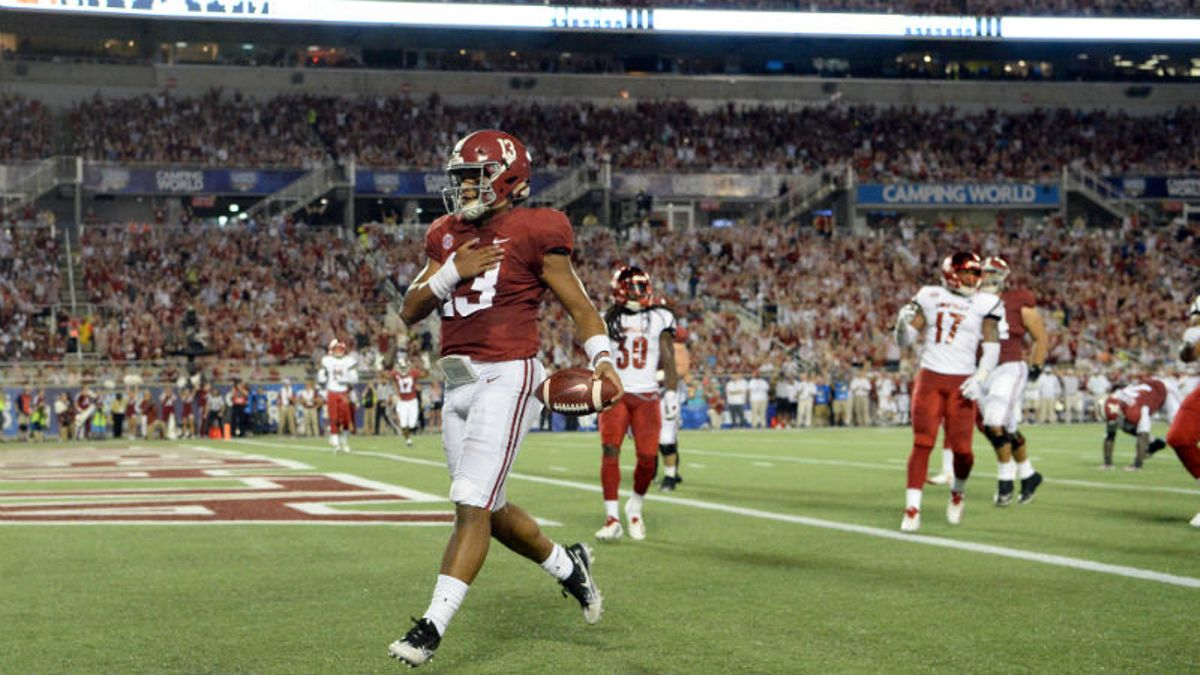 How Alabama's Offense Changes — and Thrives — with Tua Tagovailoa article feature image