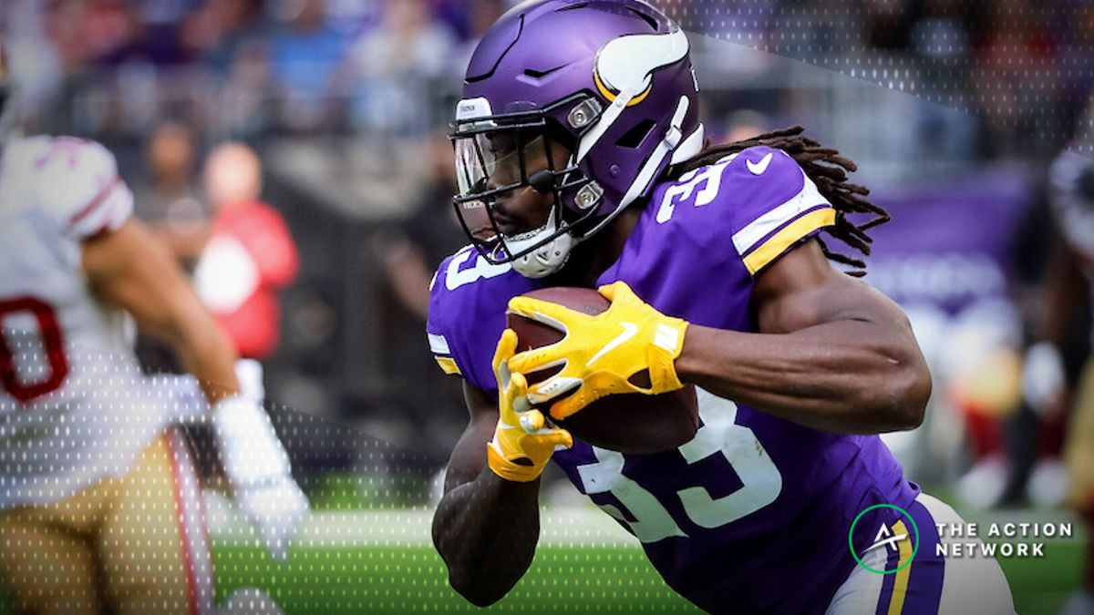 Guide to Fantasy Football's Workhorse RBs, Committee Backfields Entering Week 2 article feature image