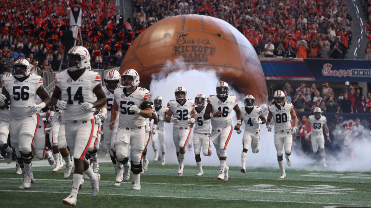 National Championship Odds: Biggest Winners and Losers from Week 1 article feature image