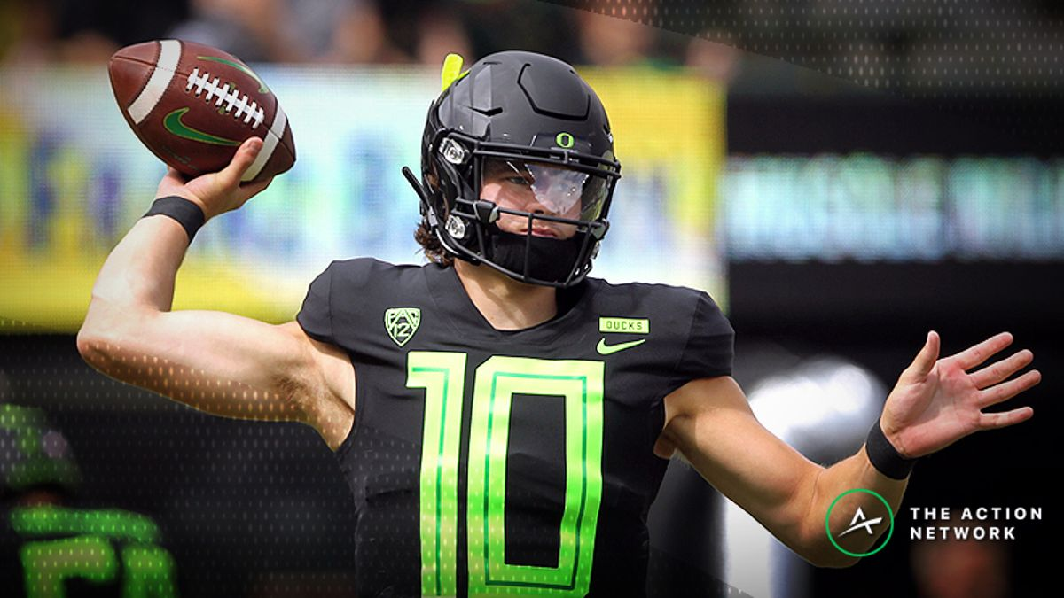 Stanford-Oregon Betting Guide, Odds: Ducks Haven't Proven Anything Yet article feature image