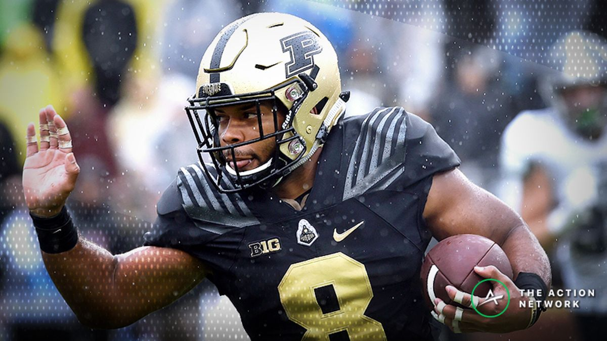 College Football Sharp Report: Pros Betting Missouri-Purdue, 4 Other Games article feature image