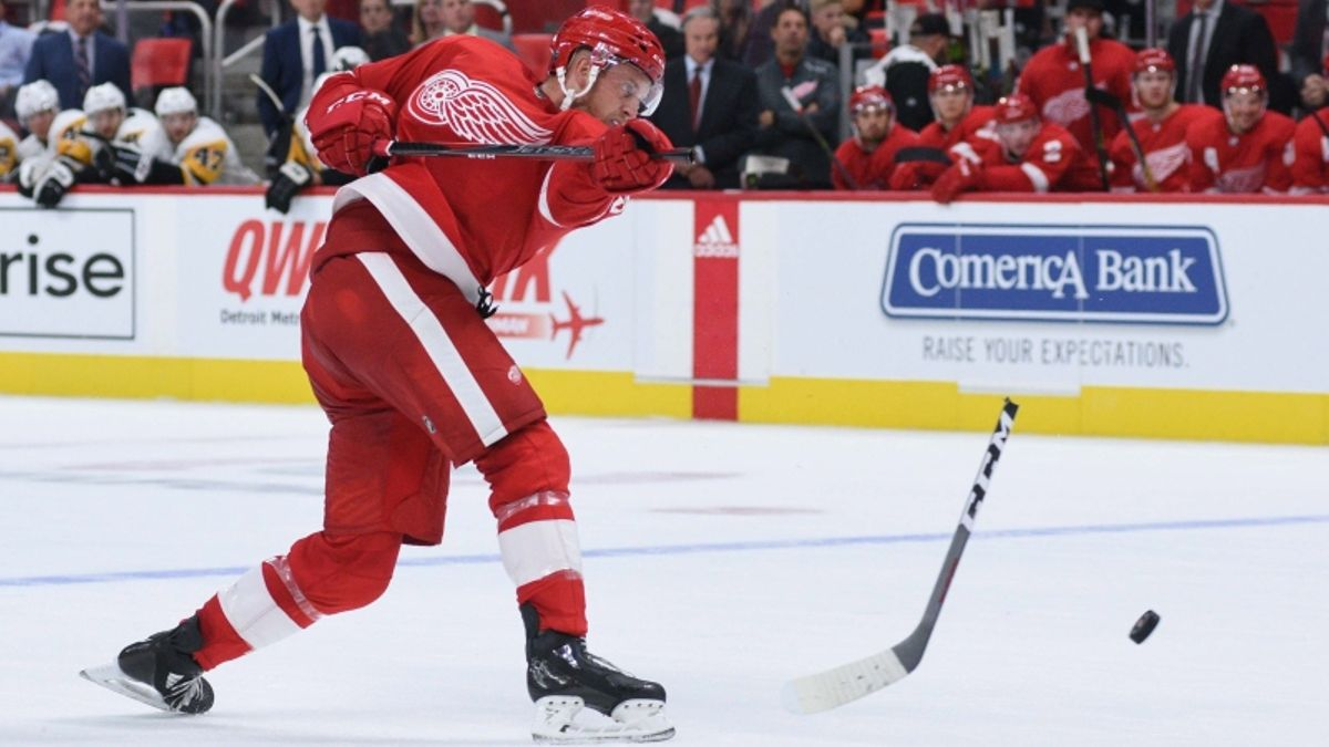 Top NHL Prop Bets for Monday: Anthony Mantha Over/Under 2.5 Total Shots on Goal? article feature image