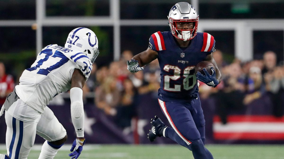 James White Fantasy Football Rankings, 2019 Projections, Analysis, More article feature image