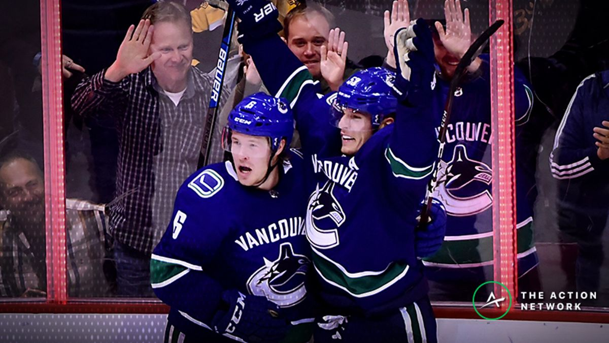 Blackhawks-Canucks Betting Preview: Is There Value on the Home Underdog? article feature image