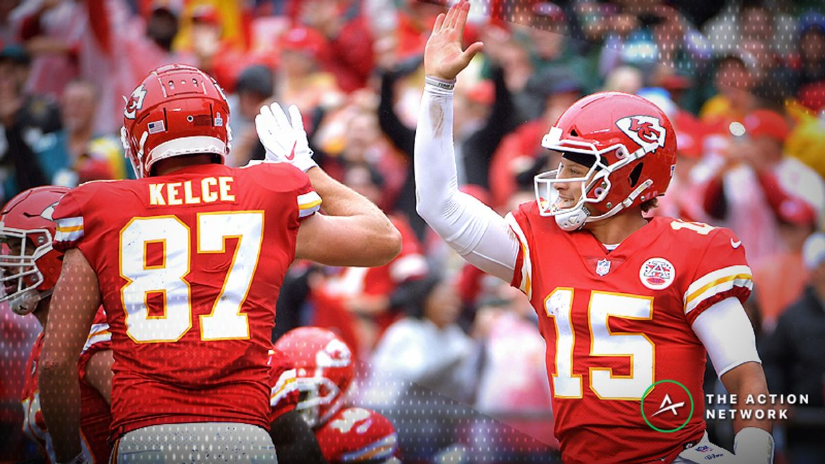 Chiefs Remain Perfect Against the Spread Despite Loss to Patriots article feature image