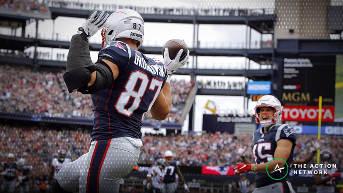 Hell Freezes Over: Sportsbooks Pulling For Patriots In Week 6 article feature image
