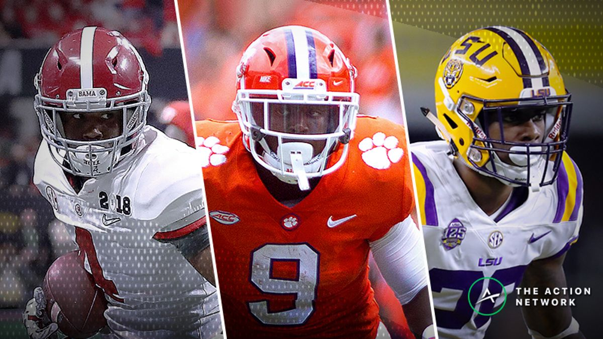2018 College Football Rankings Before Week 7: AP Top 25 Poll, Coaches Poll, Vegas Ratings article feature image