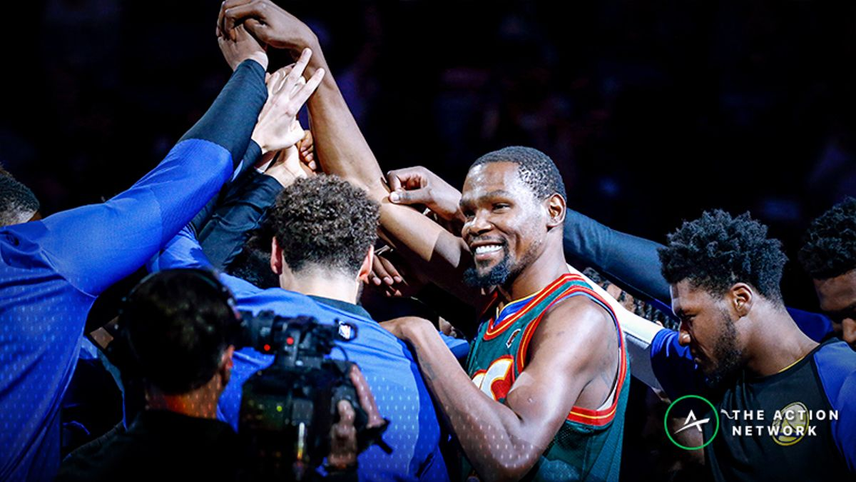 Kevin Durant Lights up Key Arena in Return to Seattle article feature image