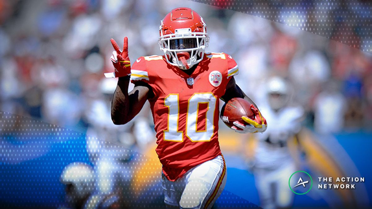 Week 6 WR/CB Sunday Night Edition: Can the Patriots Contain Tyreek Hill? article feature image