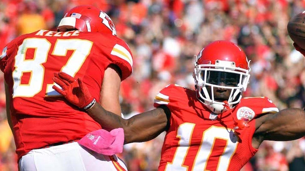 Fantasy Football Injuries: Tyreek Hill & Alvin Kamara Rankings, Backup Plans, More article feature image