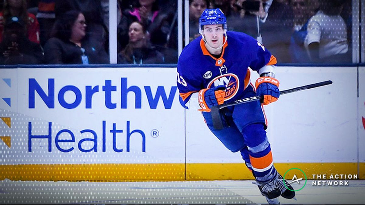 Monday's NHL Betting Previews: Islanders-Avalanche, Ducks-Penguins article feature image