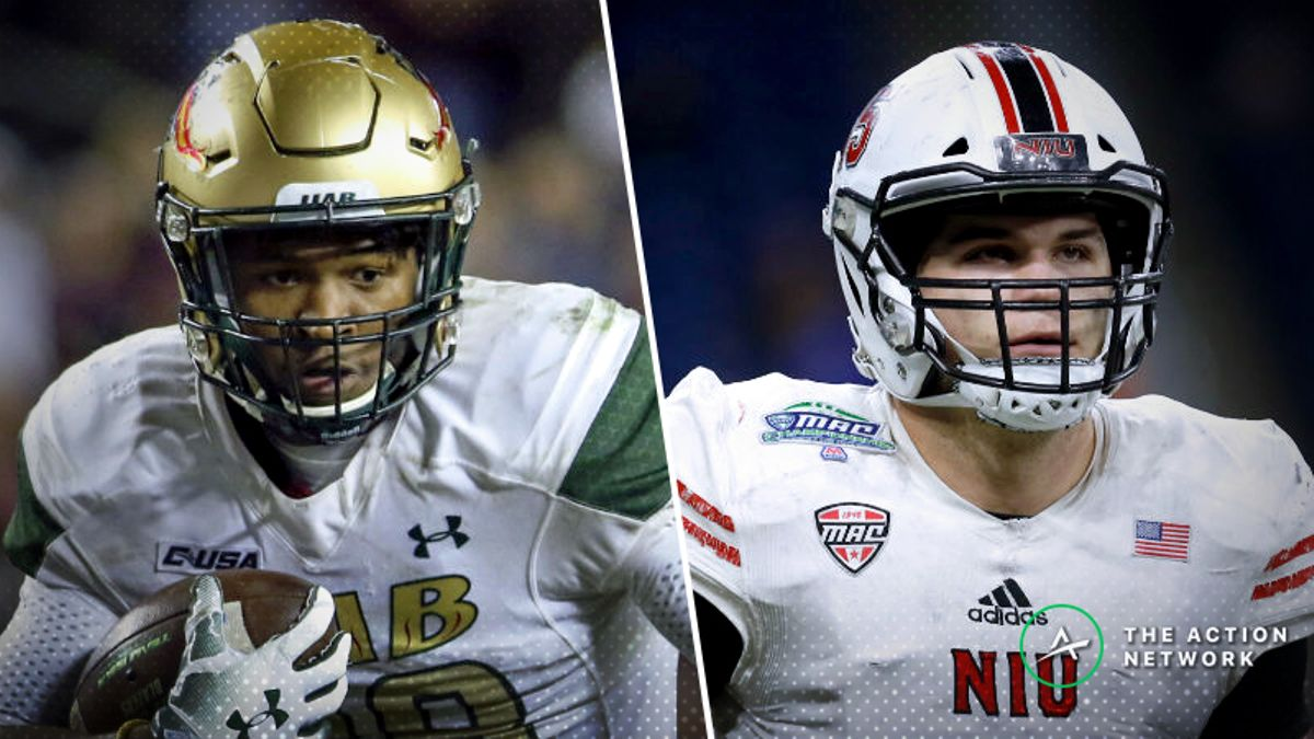 UAB-Northern Illinois Betting Guide: Elite Defenses Clash in Boca Raton Bowl article feature image