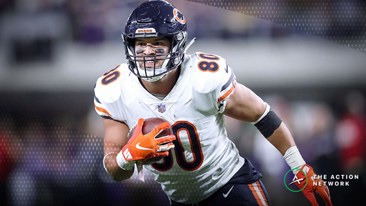 Wild Card Round Fantasy Football Half-Point PPR Rankings: TE article feature image