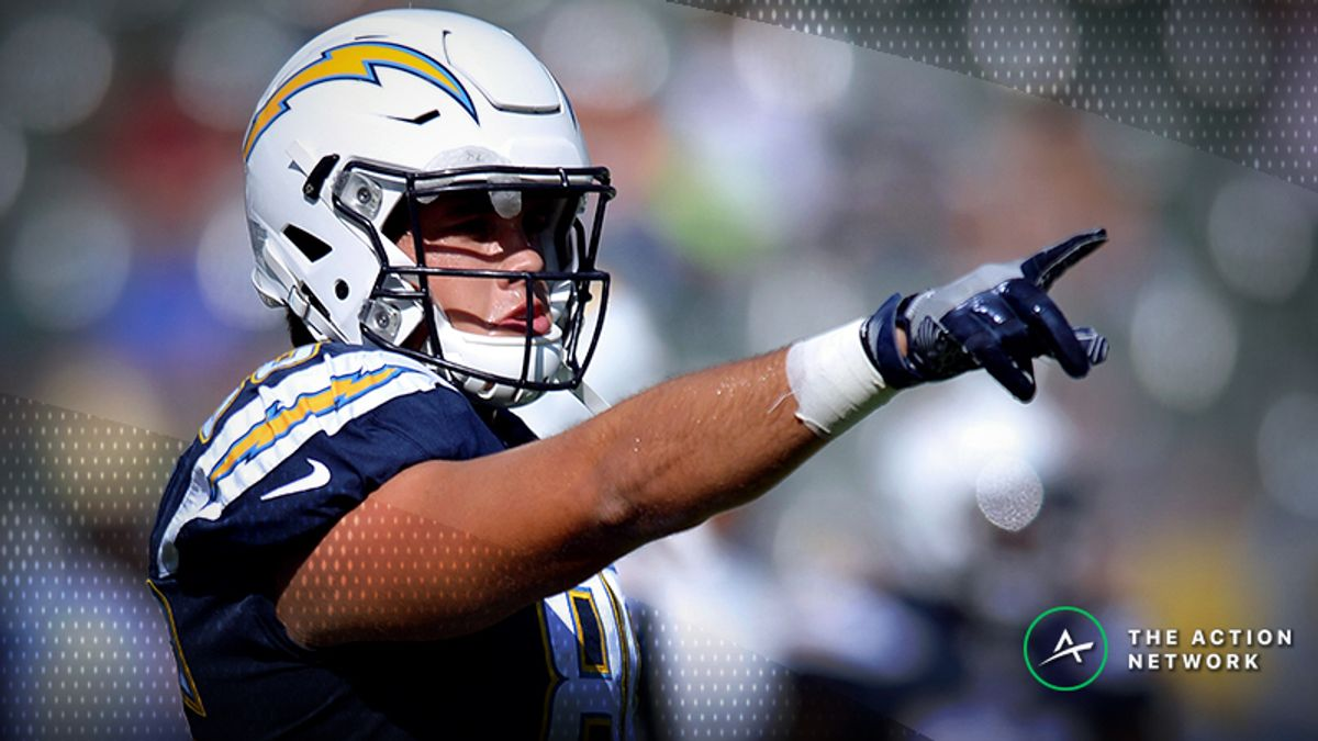 Chargers-Patriots Divisional Round Injury Report: Hunter Henry Officially Added to Active Roster article feature image