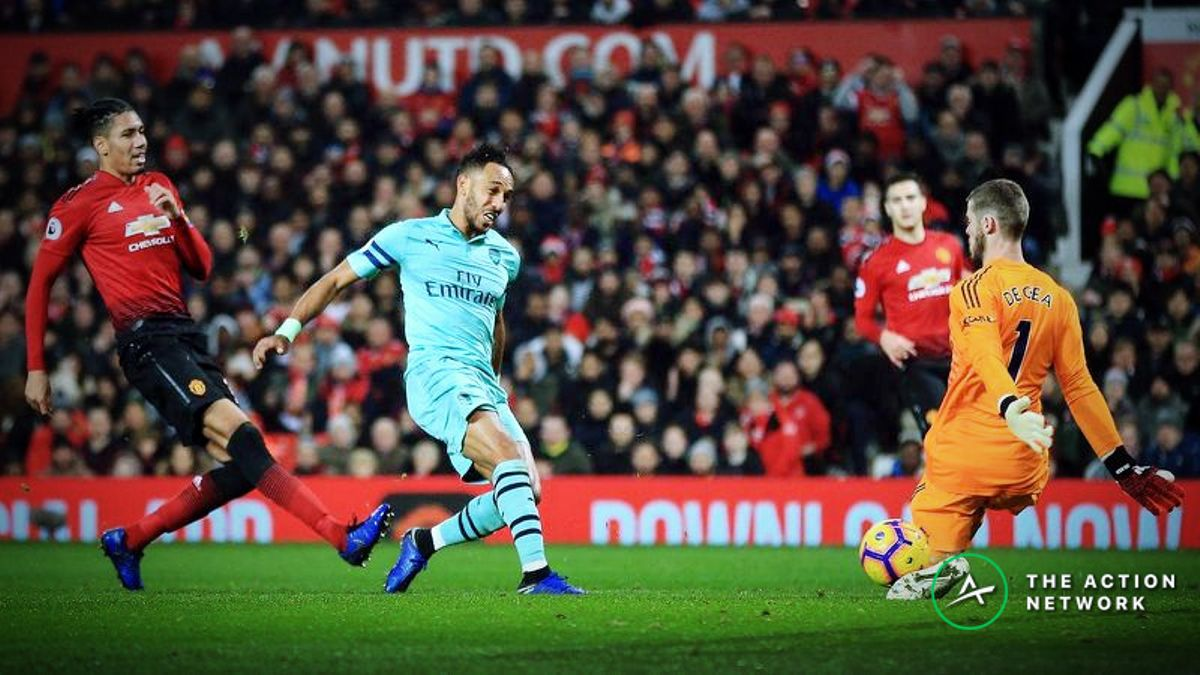 FA Cup Fourth Round Betting Preview: Arsenal Slight Favorites to Beat Manchester United article feature image