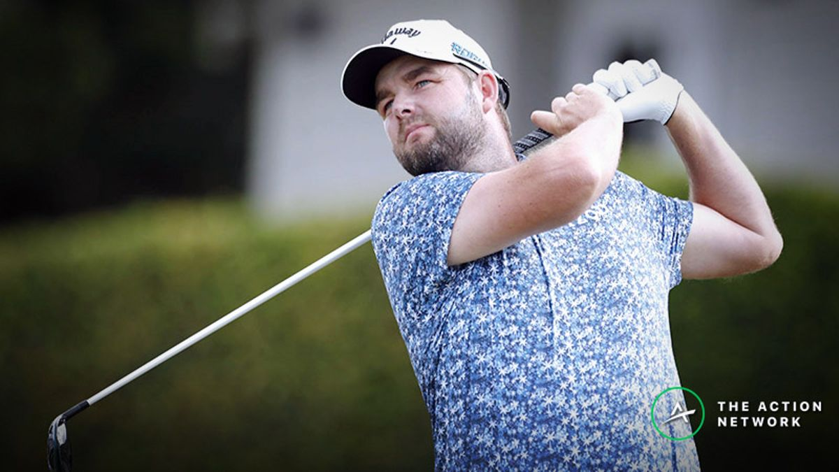 Golf Expert Picks: Our Staff's Favorite Bets for the 2019 Farmers Insurance Open article feature image
