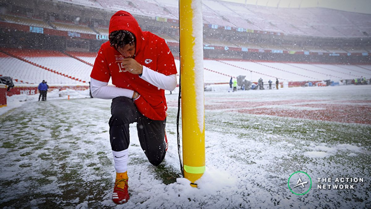 Updated Patriots-Chiefs Weather Forecast: Should Bettors Worry About Cold Temperatures? article feature image