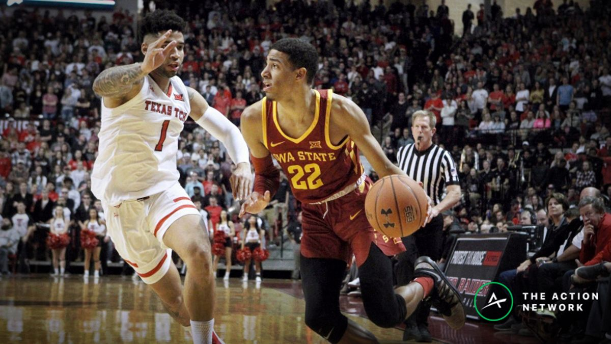 Top College Basketball Betting Trends for Monday's Top 25 Games article feature image