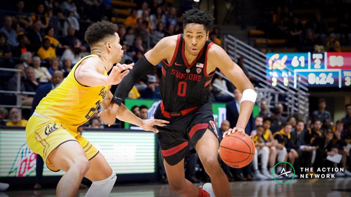 Sunday's College Basketball Betting Preview: Connecticut-Memphis, Stanford-Oregon article feature image