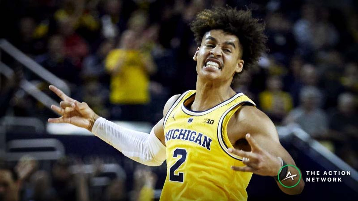 Friday's College Basketball Betting Previews: Michigan-Iowa, Maryland-Wisconsin article feature image