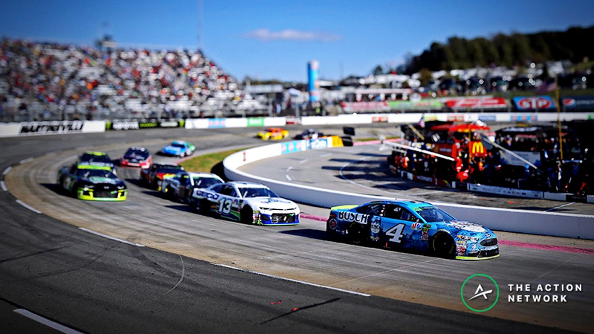 Walsh: My NASCAR Props Challenge Picks for the Martinsville STP 500 article feature image