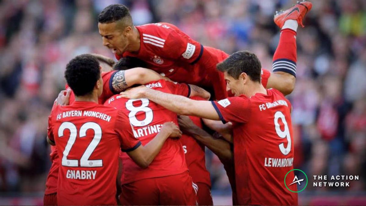 Bayern Munich Heavy Favorites to Claim Bundesliga Title Over Dortmund article feature image