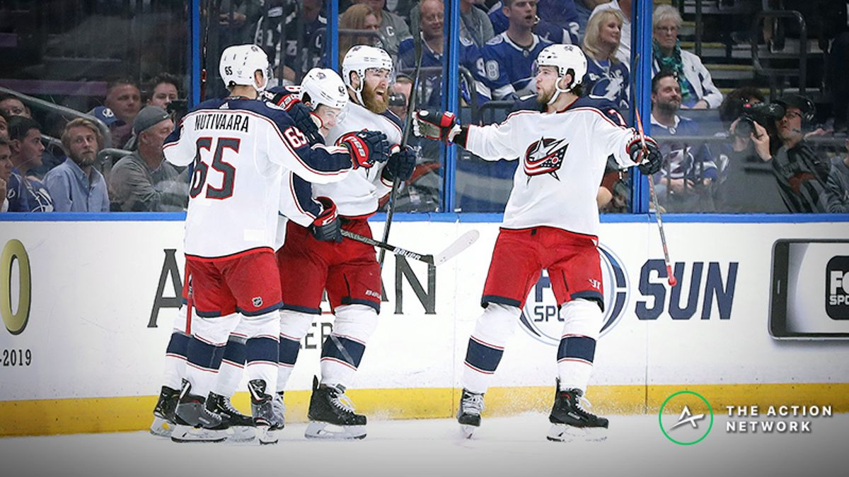 Lightning vs. Blue Jackets Sharp Report: Are Professionals Betting On a Sweep? article feature image