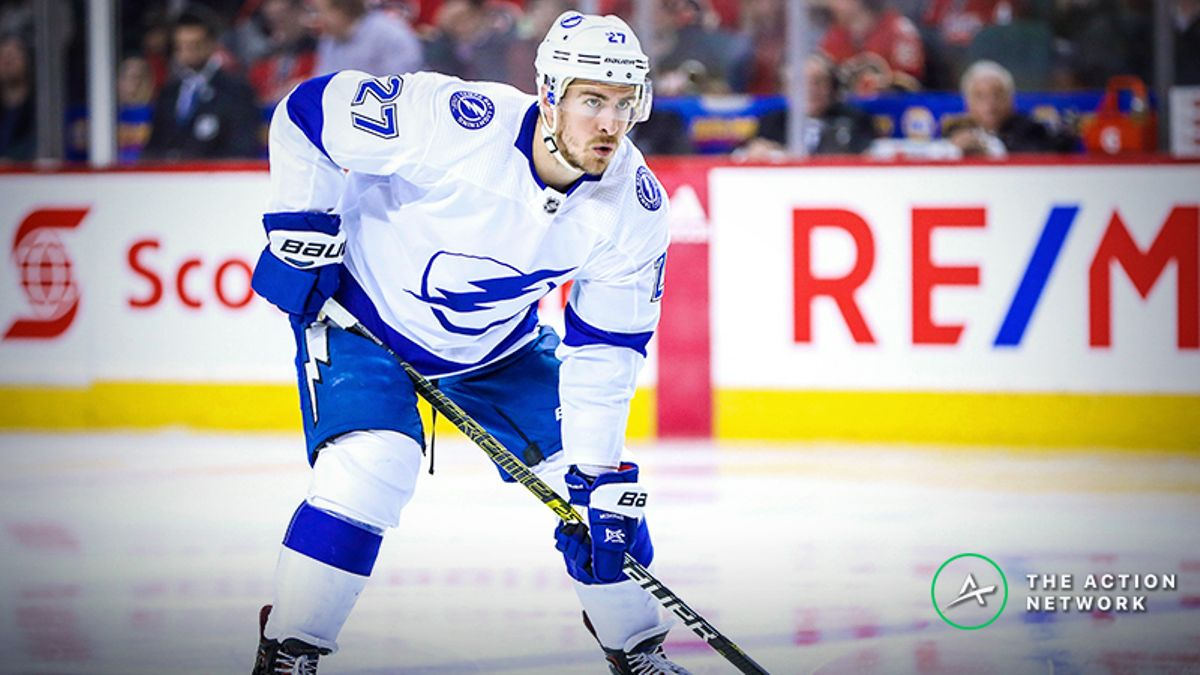 NHL Playoff Game 1 Betting Odds, Previews: Is the Market Flattering the Lightning? article feature image