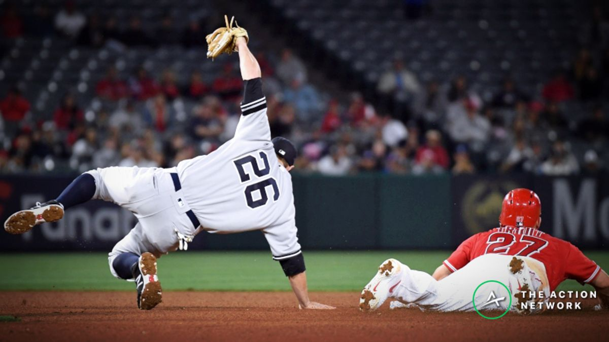 MLB Sharp Report: Pros Betting Indians-Astros, Yankees-Angels article feature image