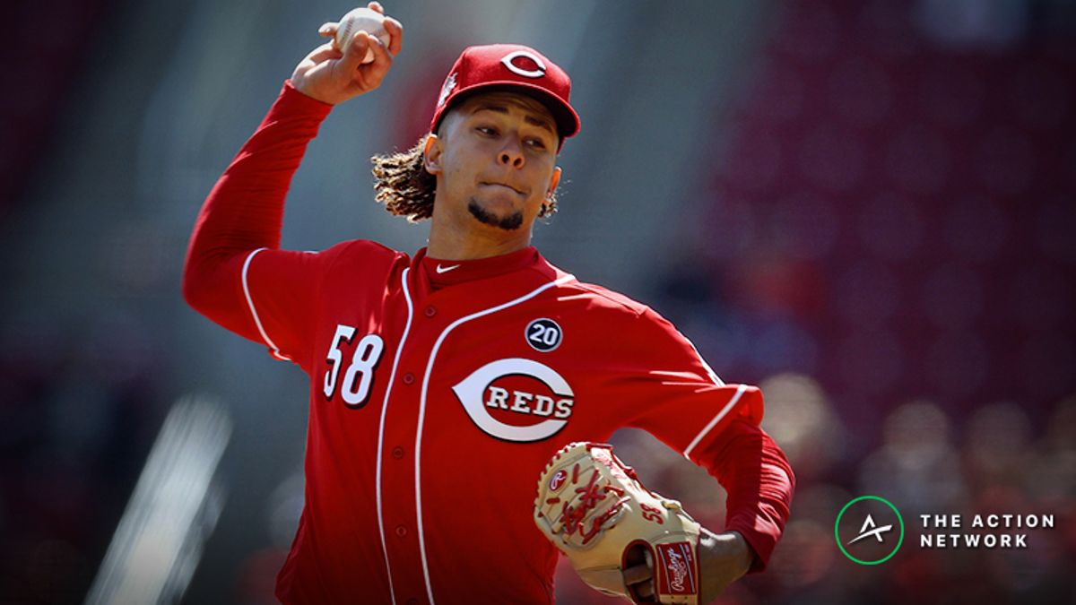 MLB Daily Betting Model, 4/25: Luis Castillo Looks to Keep Reds Rolling article feature image