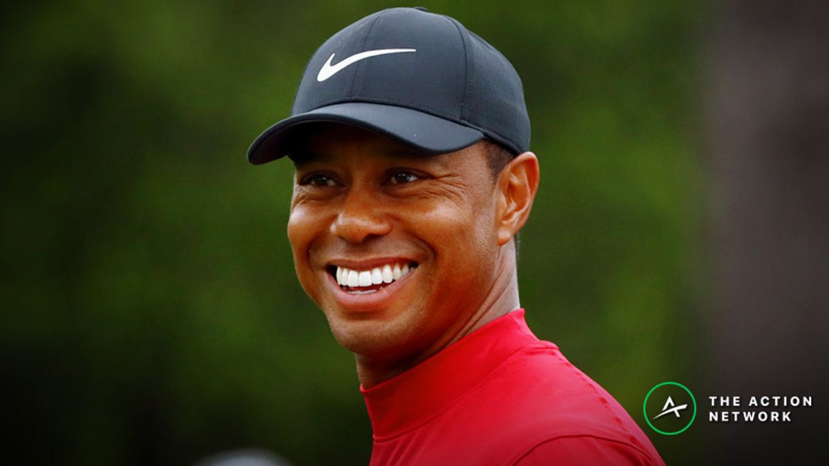 The Betting Odds for All 15 of Tiger Woods' Major Wins article feature image