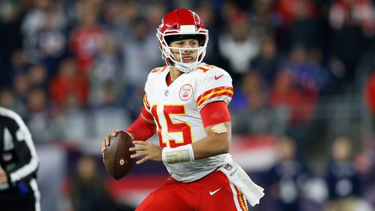 Patrick Mahomes Fantasy Football Rankings, 2019 Projections, Analysis, More article feature image