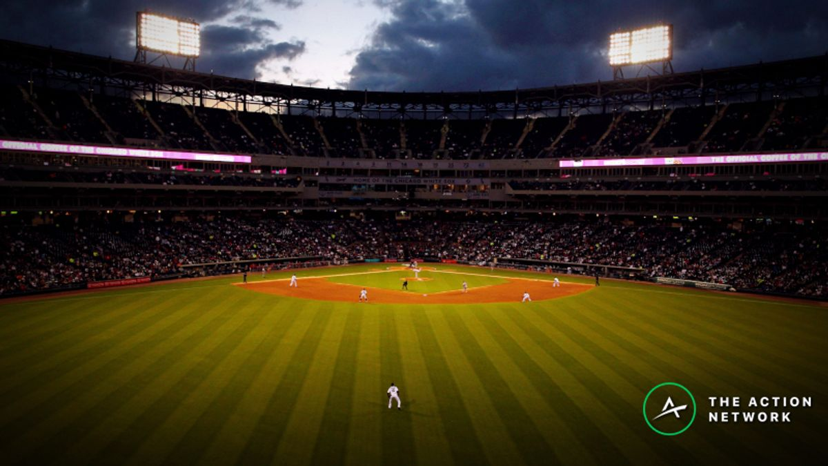 MLB Thursday Weather: Miserable Conditions in Chicago for Battle of the Sox article feature image