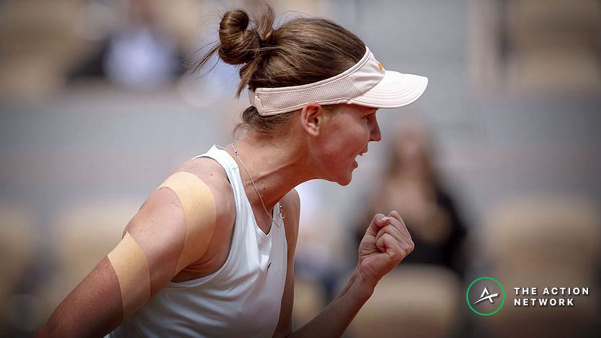WTA French Open Friday R3 Betting Preview: Underdog Value Abound article feature image