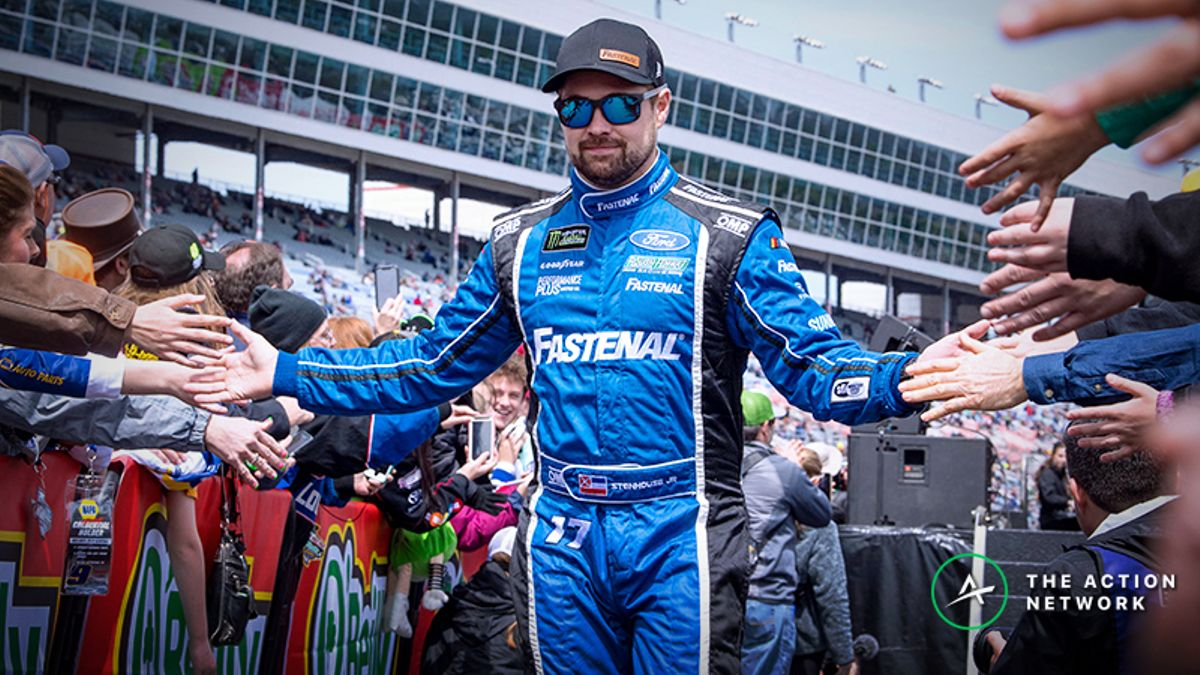 Camping World 400 Odds: Stenhouse Could Pay off Big for NASCAR Bettors article feature image