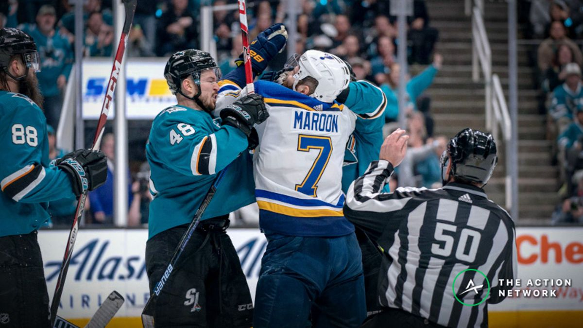 Smart Money Hitting Moneyline, Over/Under in Sharks vs. Blues Game 3 article feature image