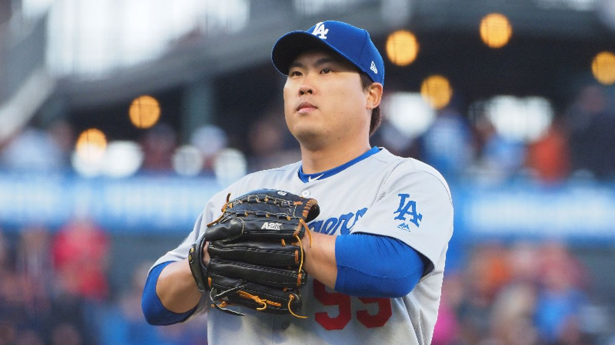 Dodgers vs. Red Sox Sunday Night Baseball Betting Guide: Hyun-Jin Ryu, L.A. Have the Edge? article feature image