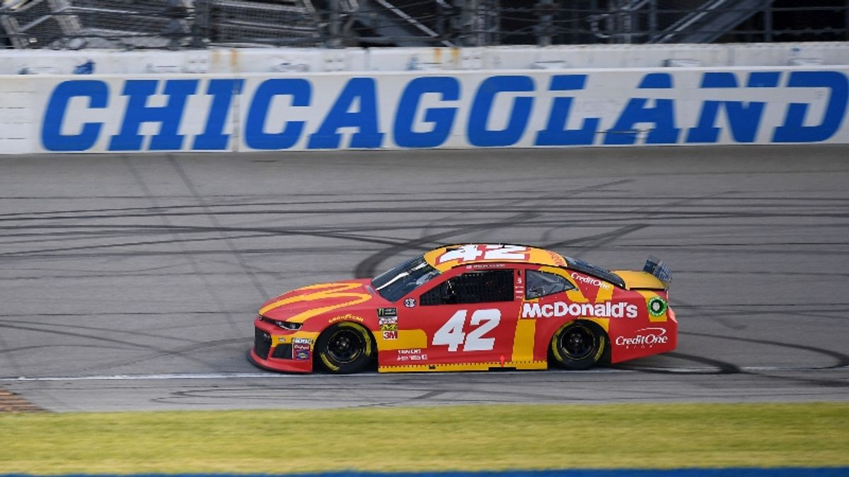 NASCAR Camping World 400 Matchup Odds, Picks: How to Bet the Chevys article feature image