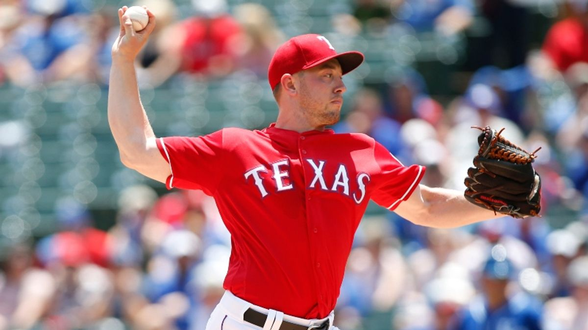 MLB Daily Betting Model, 6/8: How to Approach Doubleheaders in Boston, Texas article feature image