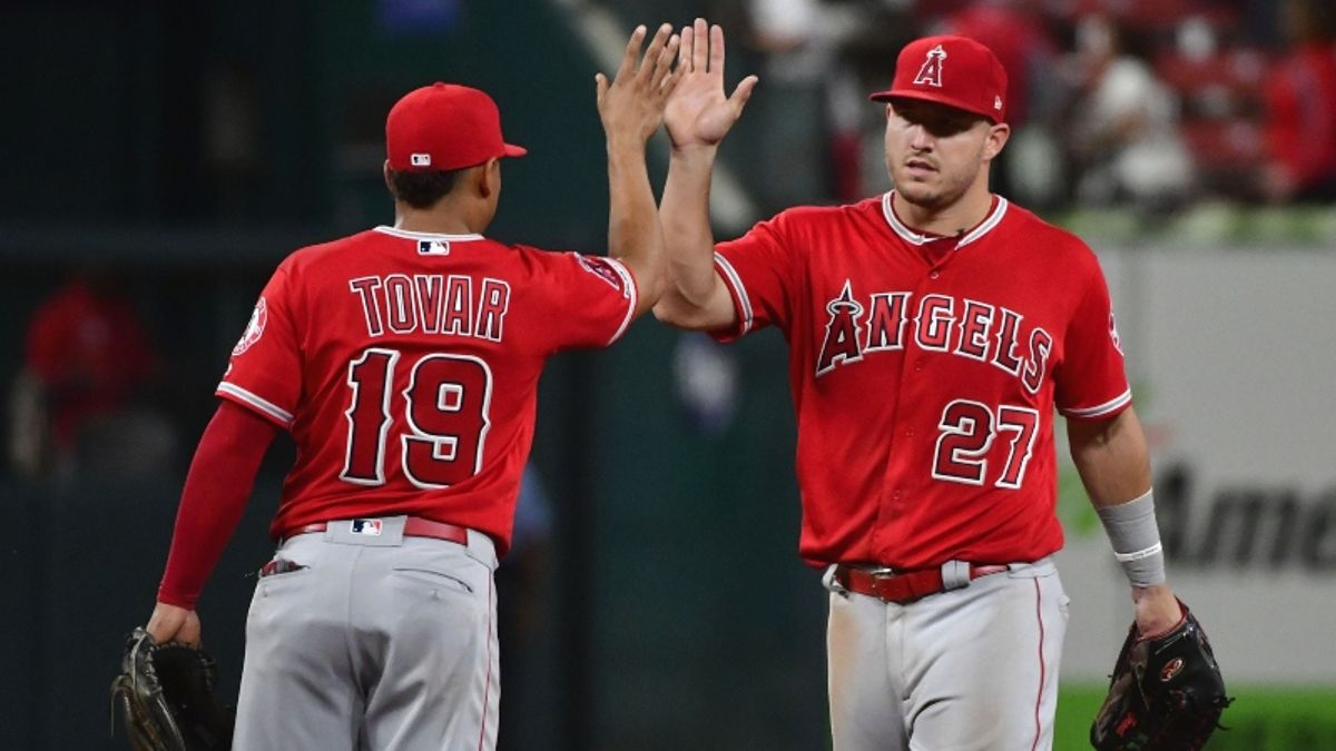 MLB Sharp Report: Pros Betting Reds-Angels, 2 Other Tuesday Games article feature image