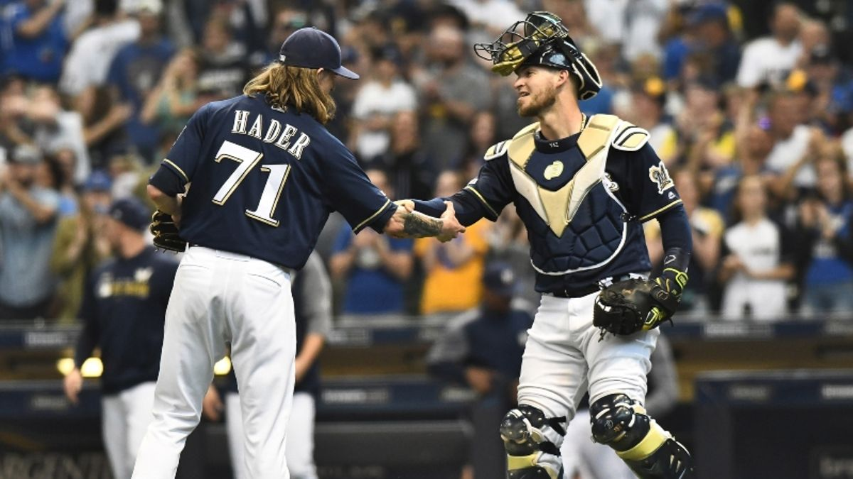 MLB Sharp Report: Pros Betting Brewers-Astros, 2 Other Tuesday Games article feature image