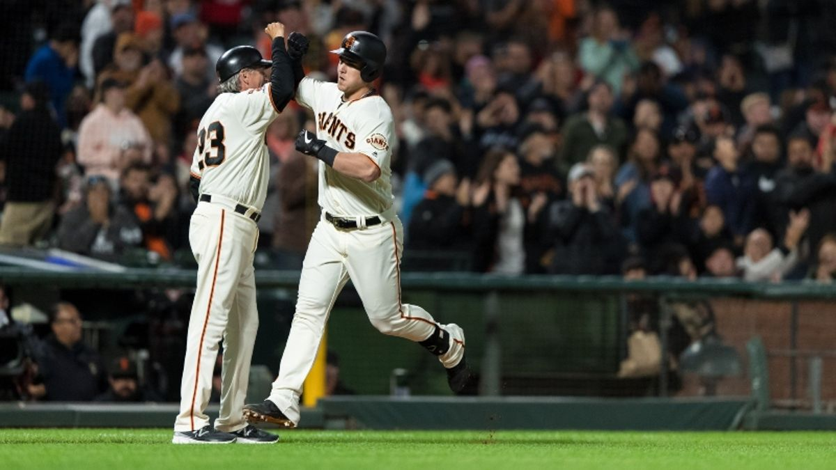 MLB Sharp Report: Pros Betting Diamondbacks-Giants, 2 Other Thursday Games article feature image