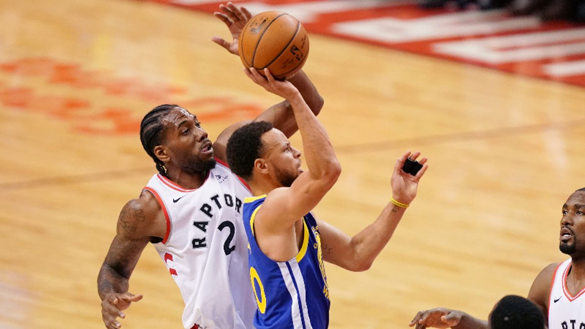 Moore: What Potential Warriors, Raptors Adjustments Mean For Game 3's Over/Under article feature image